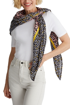 Picture of Scarf made from LENZING™ ECOVERO™