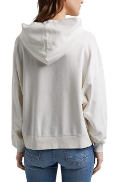 Picture of Boxy hoodie in 100% organic cotton, slightly cropped cut