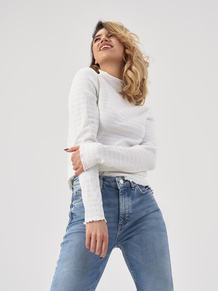 Снимка на Дамска блуза с дълъг ръкав