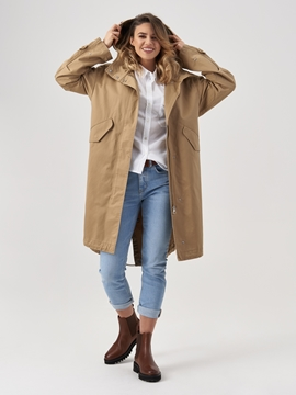 Picture of Hooded parka Made from compact cotton yarns