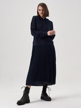 Снимка на Суитшърт рокля с плисирана пола от органичен памук