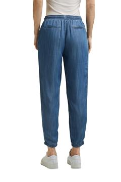 Снимка на SUSTAINABLE Дамски спортен панталон от лиосел RELAXED със средна талия