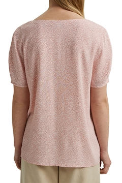 Picture of Flowing blouse top with a floral print