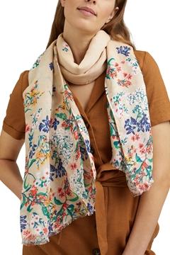 Снимка на SUSTAINABLE Ленен/ECOVERO™ шал с флорални мотиви