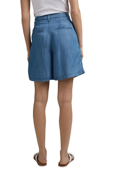 Picture of SUSTAINABLE Made of TENCEL™: shorts in a denim look
